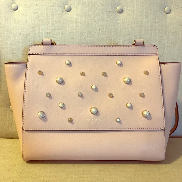 c08506ee82 henri bendel Handbags - Henri Bendel West 57th Flap Satchel with Pearls